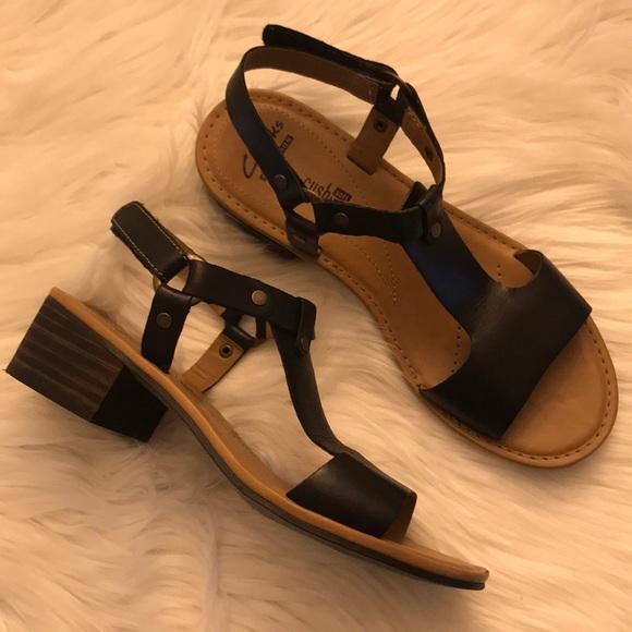 Clarks Collection Soft Cushion Sandal